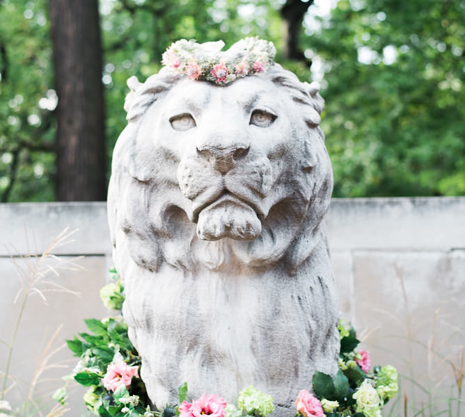 AMBER DAWN PHOTOGRAPHY | BRONX ZOO WEDDING | BRONX, NEW YORK CITY | BASTILLE FLOWERS AND EVENTS NYC