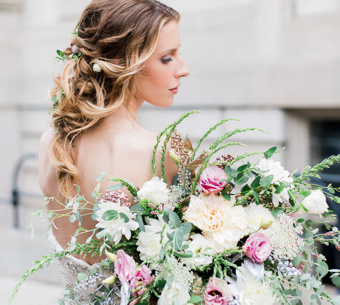 AMBER DAWN PHOTOGRAPHY | STYLED SHOOTS ACROSS AMERICA | THE GEORGE PEABODY LIBRARY | BALTIMORE, MARYLAND