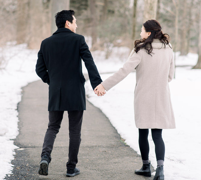 AMBER DAWN PHOTOGRAPHY | IRIS + ISAAC | PRINCETON UNIVERSITY | SNOWY PRINCETON, NEW JERSEY ENGAGEMENT